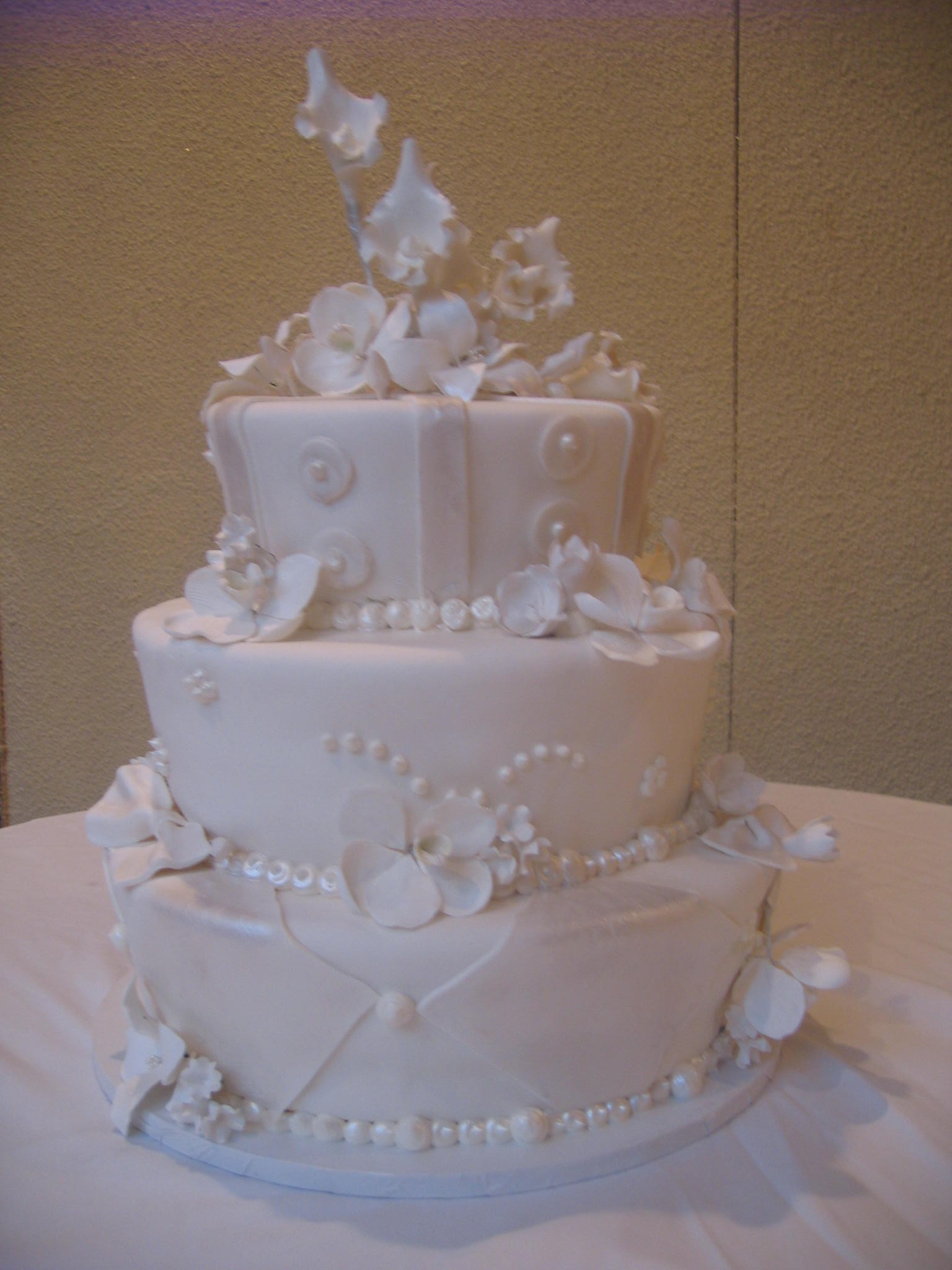 40 with Beveled Edges & Pearlized. Rolled Fondant Flowers