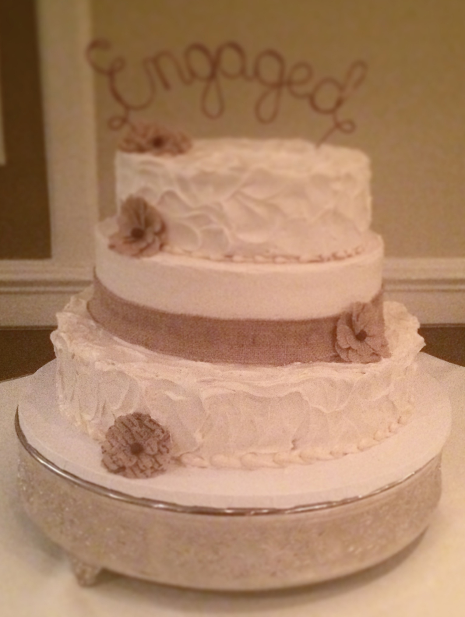 Butter Cream Frosted Deco with Material Ribbon