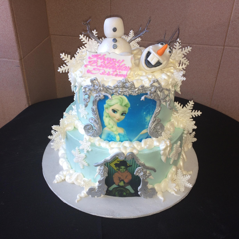 Frozen 3 Olaf snowflakes. Photos.jpg