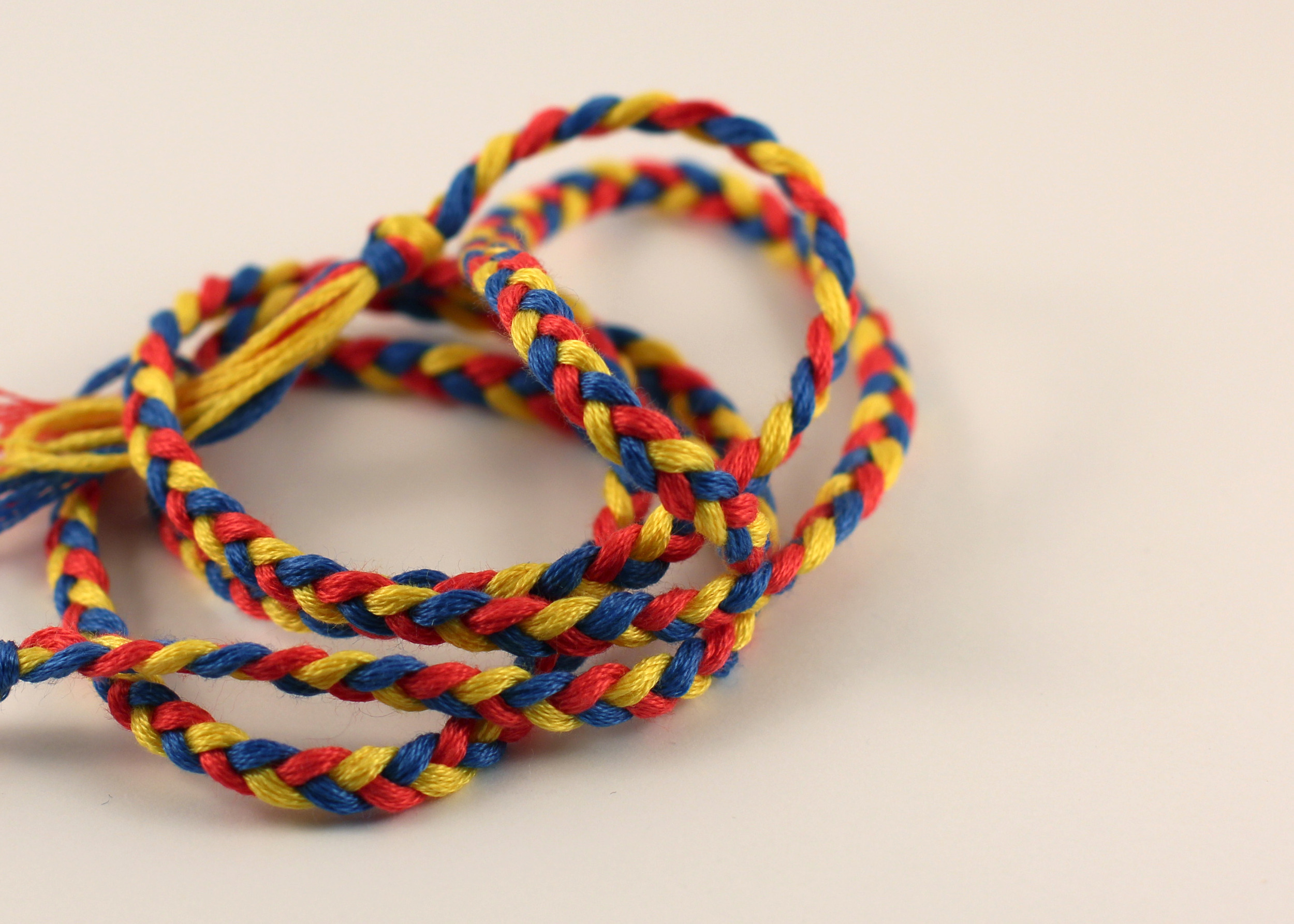 bigger braid yellow.blue.red.jpg