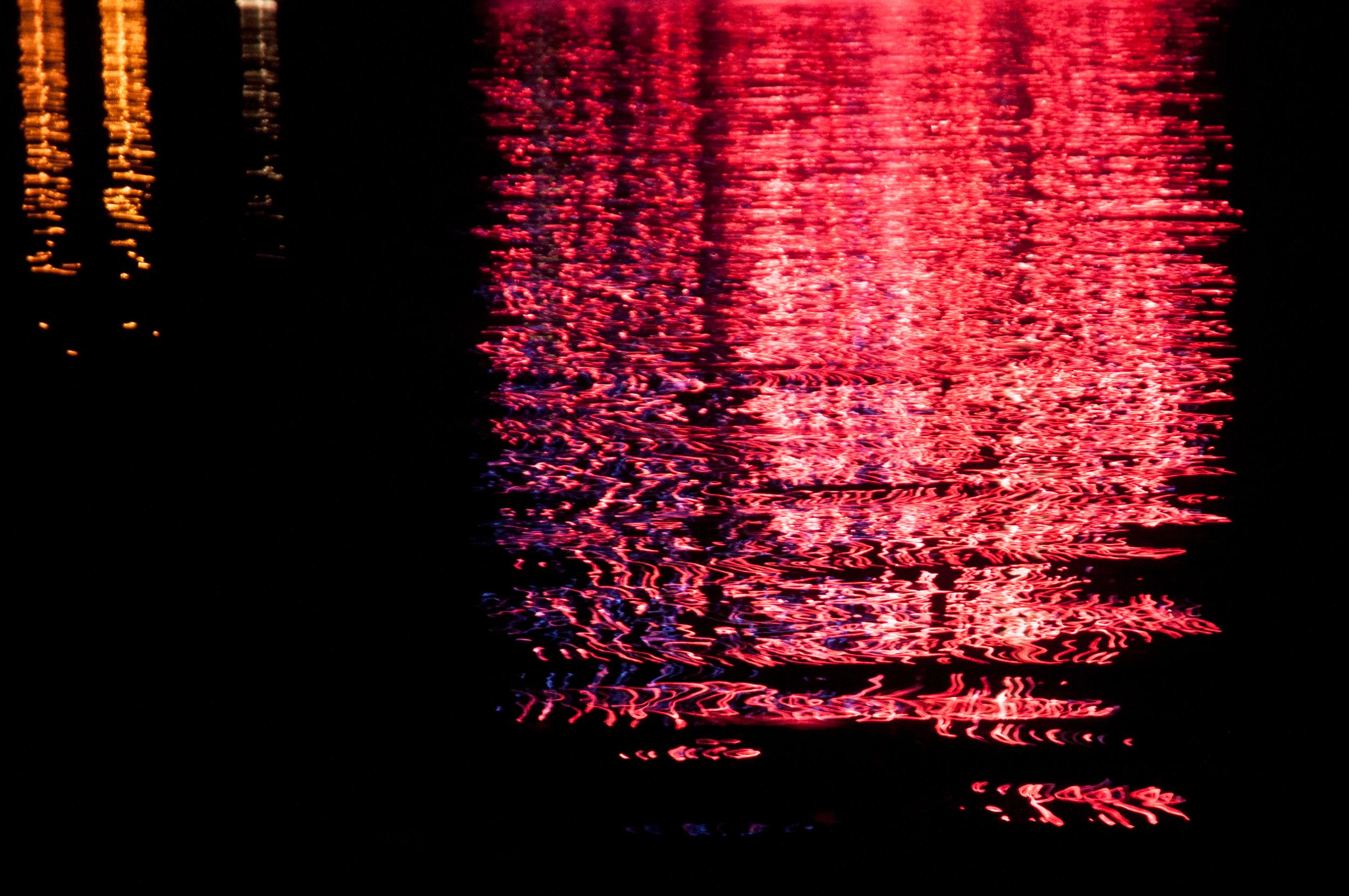 ReflectionsFireworks_1095.jpg