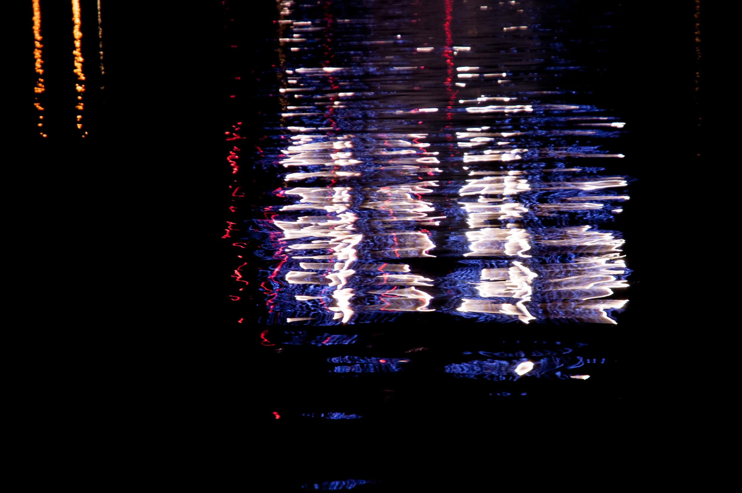 ReflectionsFireworks_1098.jpg