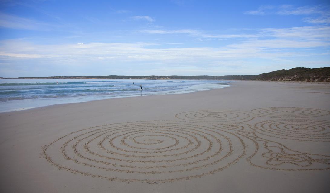 Enjoy the beauty of Vivonne Bay and Kangaroo Island