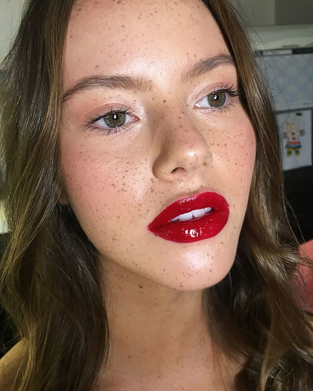 Faux Freckles + Cherry lips 🍒 Miss @laraberge_ being beautiful for our beauty shoot with @charlie.octavia.photo ❤️ Beauty notes // Skin @lauramercier radiance tinted moisturiser @armanibeauty #luminoussilk Brows @eyeofhoruscosmetics Lips @vucosmetics_ #longwear in danger + @macpro #gloss  #makeup #beauty #editorial #promua #alexoustonbeauty #fauxfreckles @chic_brisbane