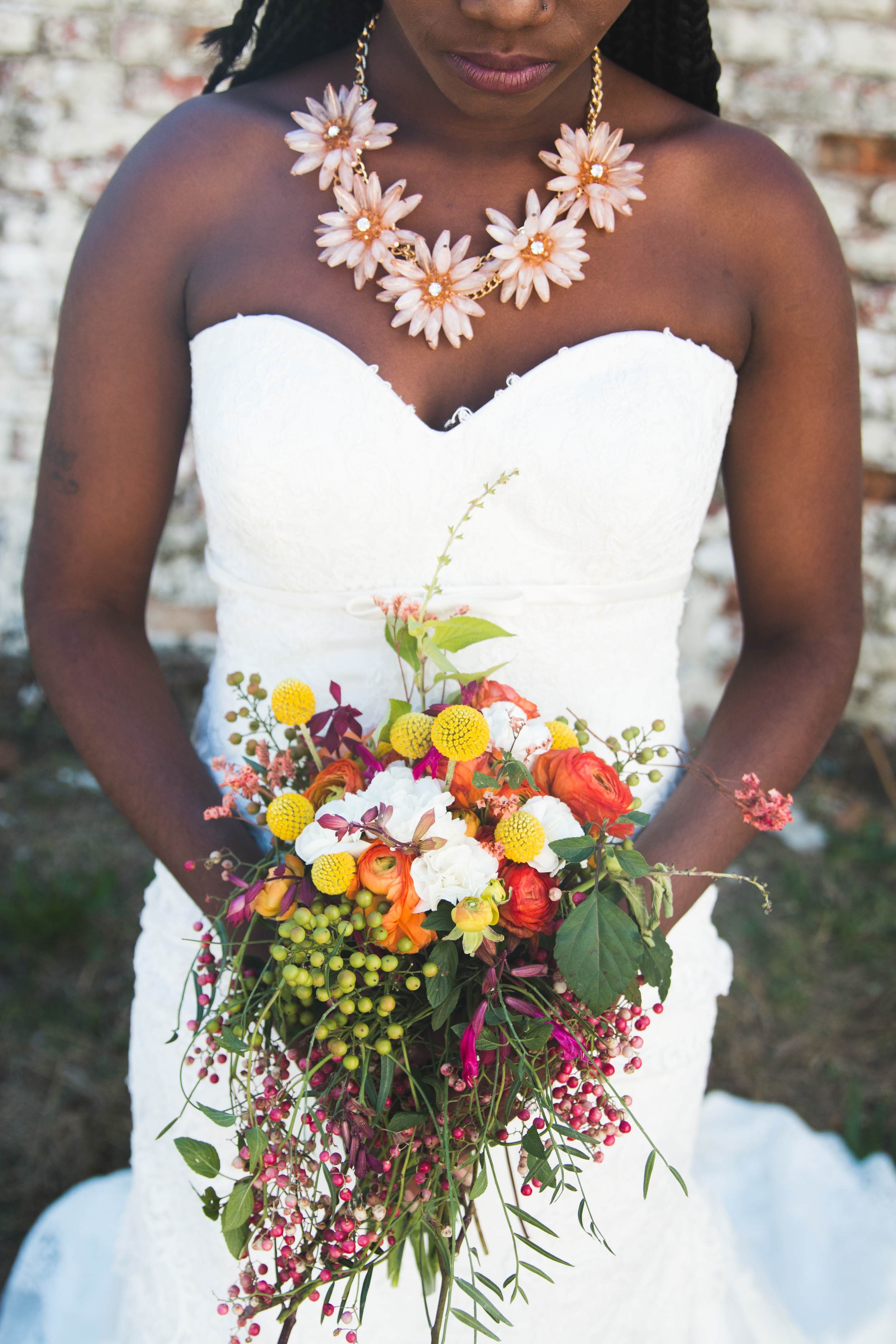 Adding some sprigs of chocolate mint leaves from the backyard was a GOOD decision. The brides gets to smell it all day! Flowers styled by Laurel Avenue.