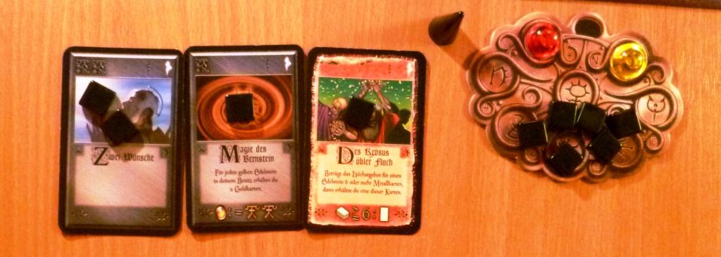 Players hand in Das Amulett
