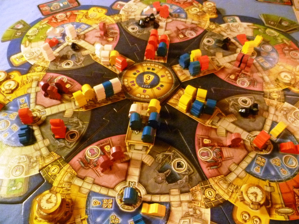 Overview of the main playboard