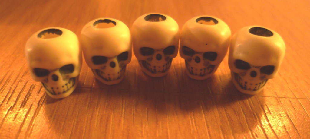 Skulls as victory point chits for Zombie Dice