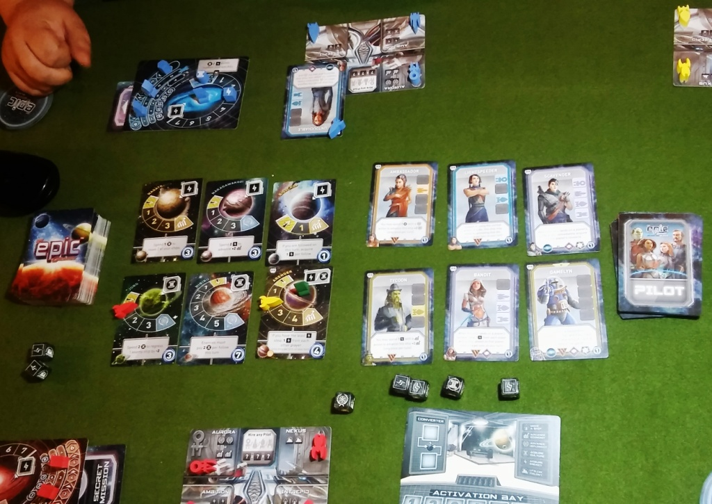 Tiny Epic Galaxies with Pilot expansion