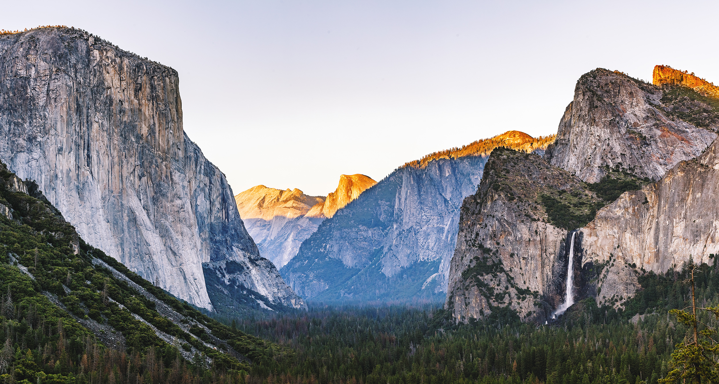 Tunnel View Panorama   100mm F/9 1/140 sec ISO 100