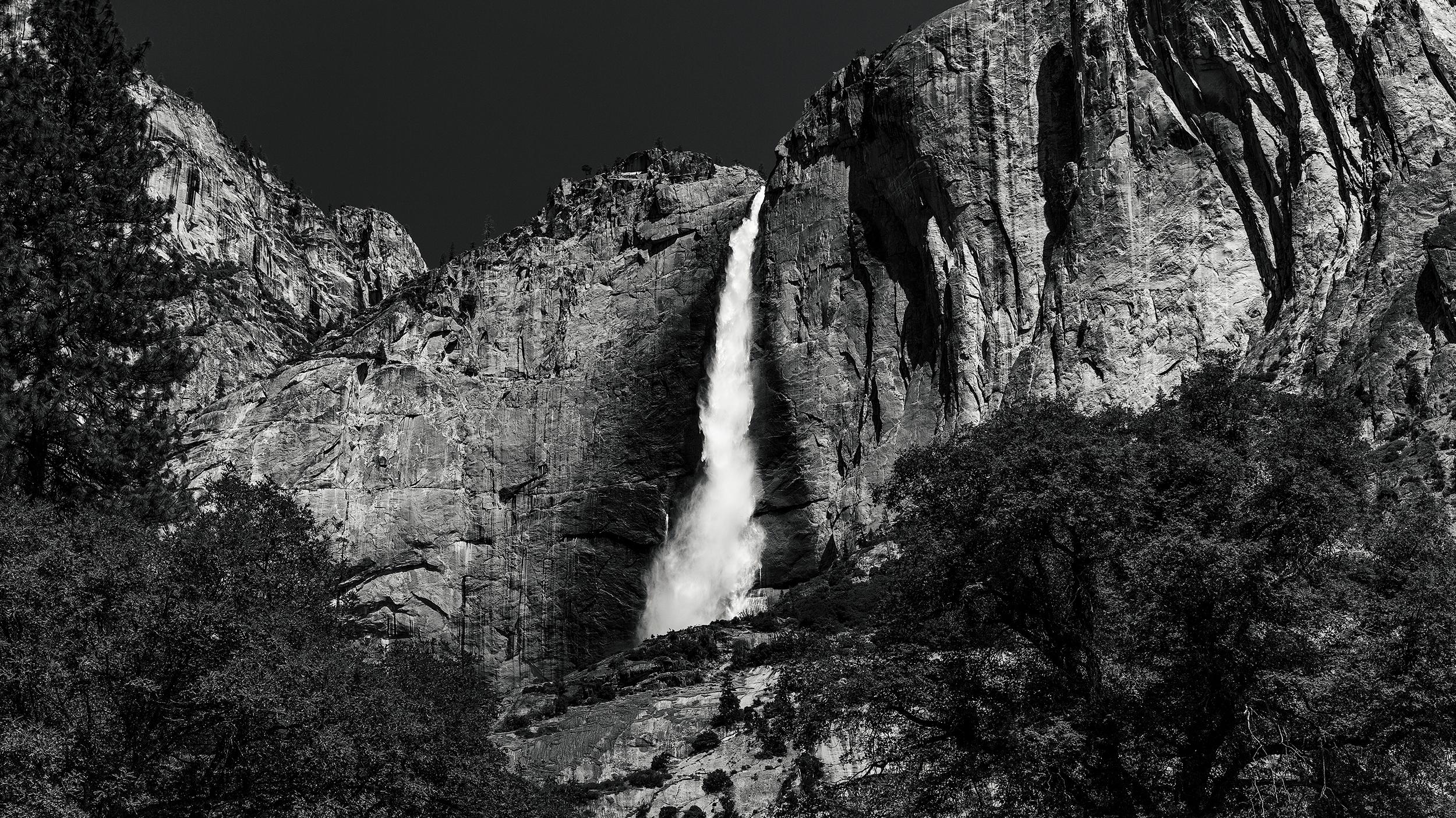 Upper Yosemite Falls 60mm F/9 1/160 sec ISO 100