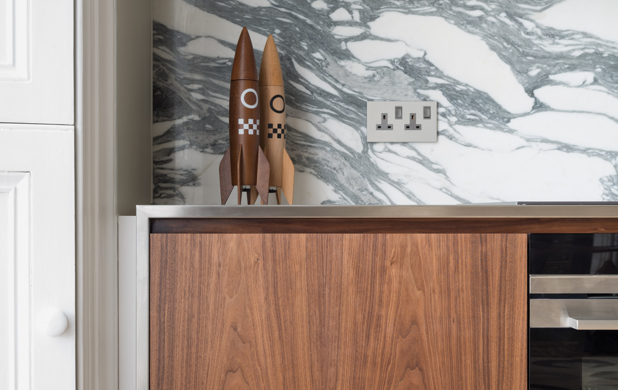 Copy of Cheltenham bespoke kitchen mitred stainless work surface from powell picano