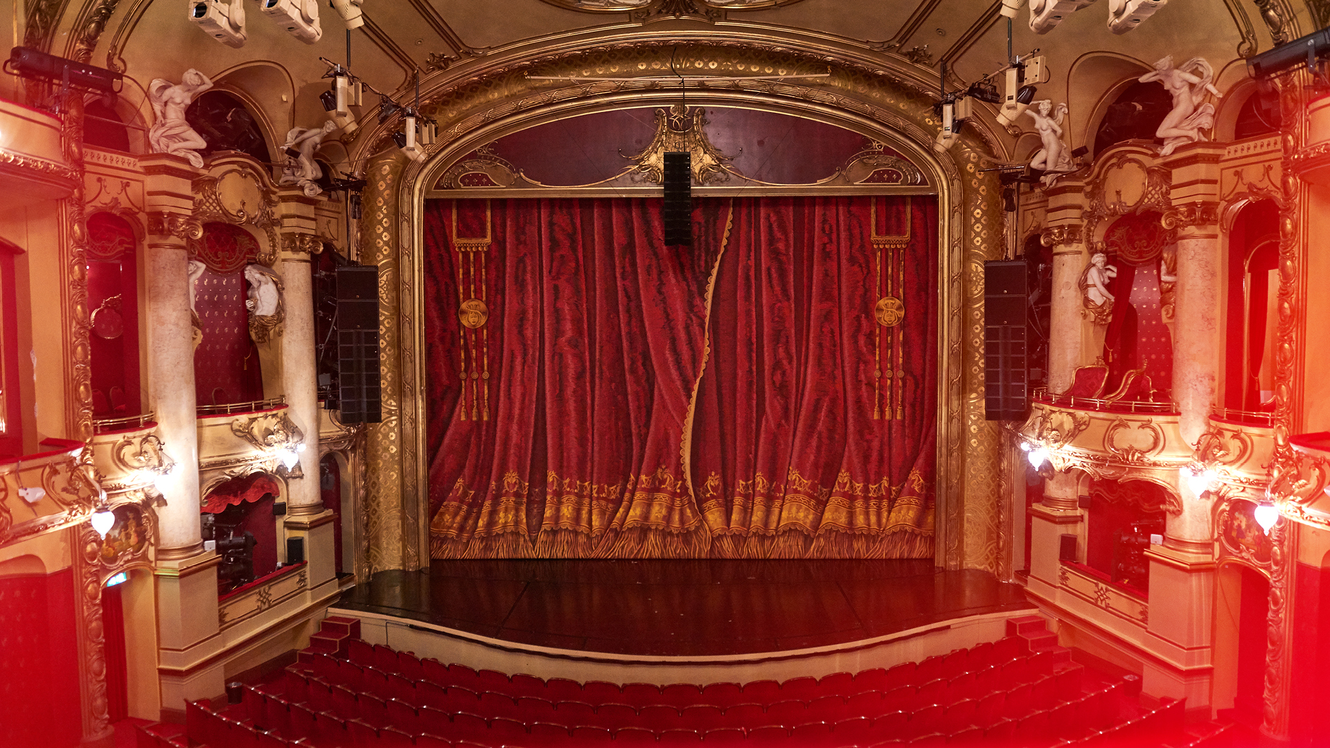 Main Stage - image courtesy National Theatret Oslo