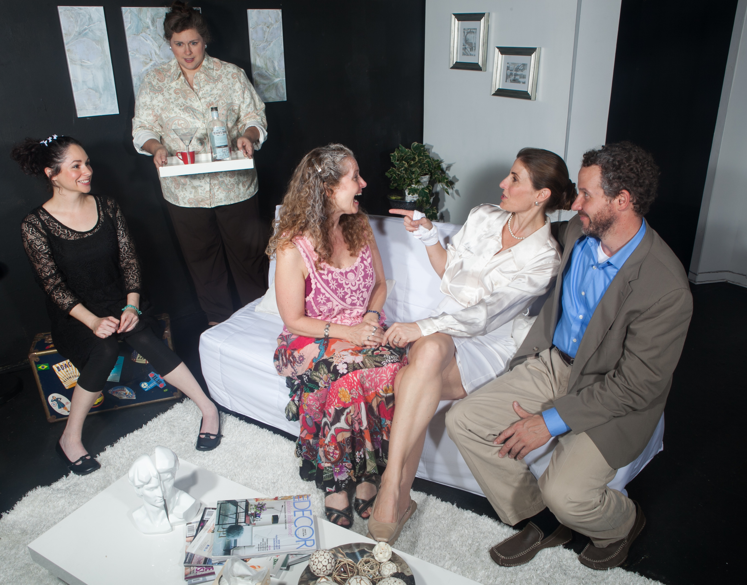 Jaimelyn Gray (Matilde), Deborah Hearst (Virginia), Laura Sturm (Ana), Susan Steinmeyer (Lane), and Joe McCauley (Charles)