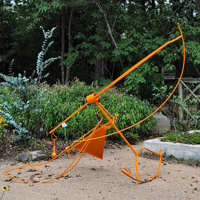 """Lift"" at the NC Botanical Garden #ncbotanicalgarden #brittanysondberg #steelsculpture #publicsculpture #contemporarysculpture"