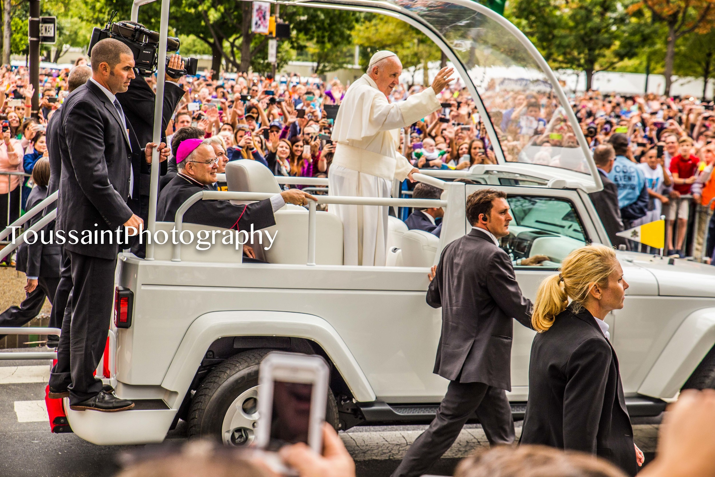 #PopeFeverInPhilly-3.jpg
