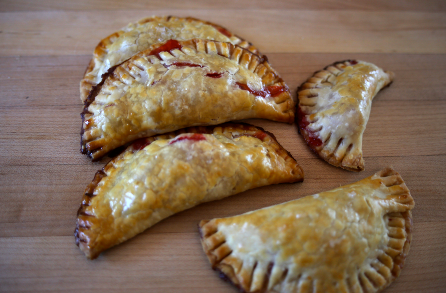 These yummy babes can be filled with just about any of your favorite fruit piefilling.