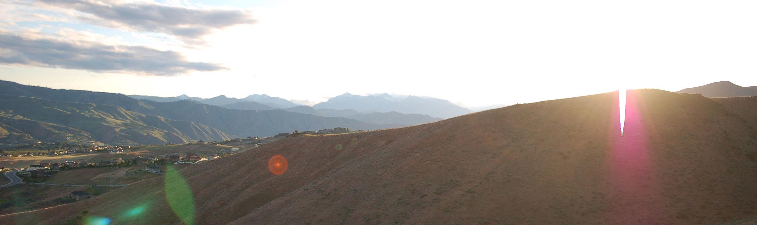 Foothills-Horizon.jpg
