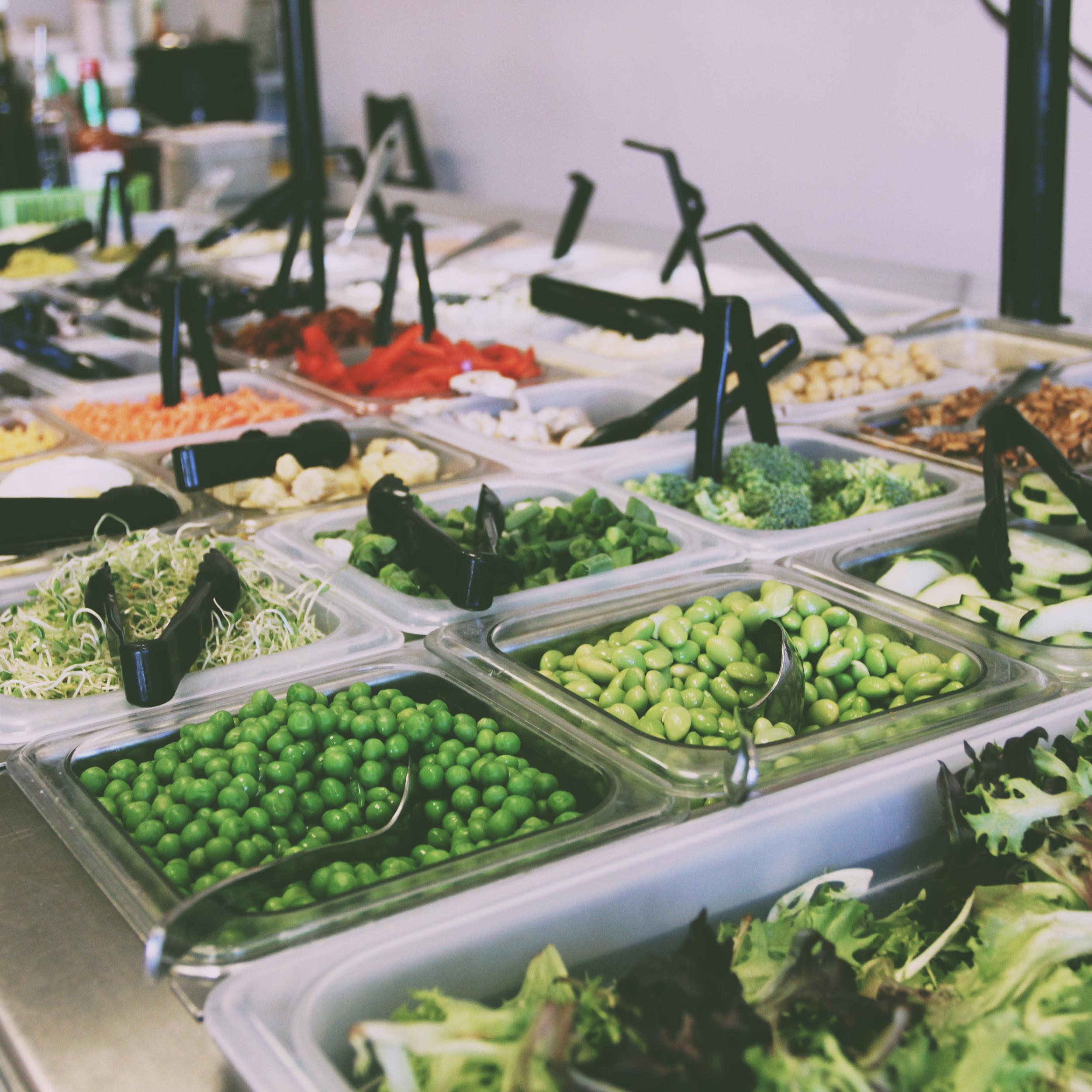 salad-bar-dilly-deli
