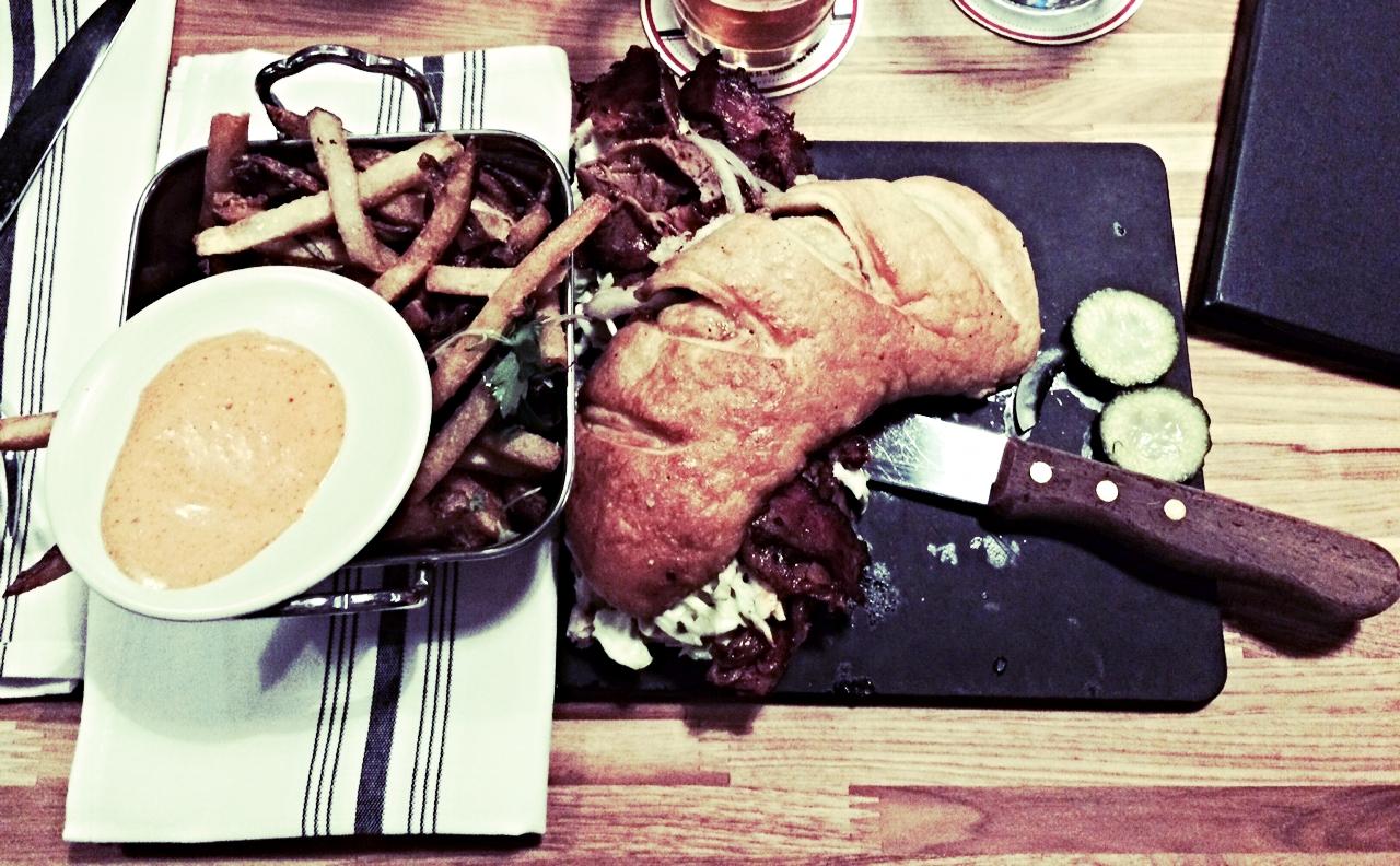 beef-brisket-sandwich-the-blackbird-spokane