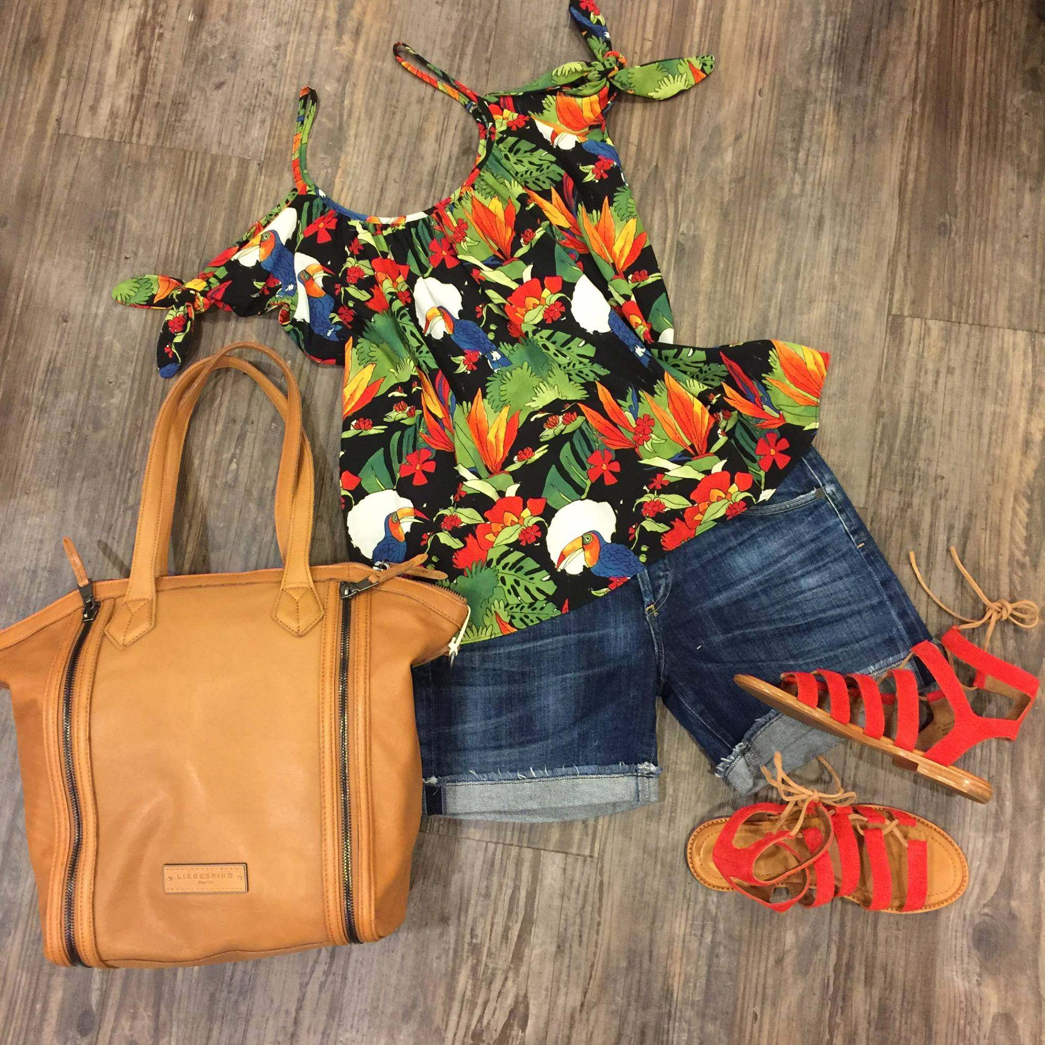WALLA WALLA CLOTHING CO - Clothing | Shoes | Accessories Providing beautiful, better goods for women of all ages and body shapes along with impeccable service.103 E Main St,wallawallaclothing.com, (509)525-4783