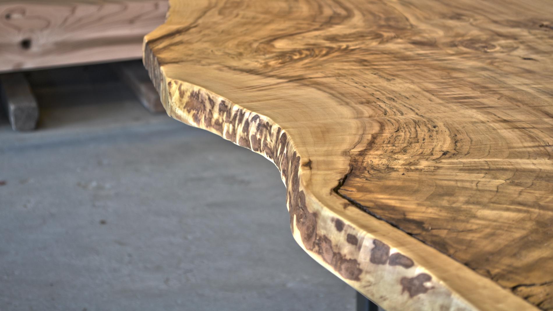 WoodenTable-4.jpg
