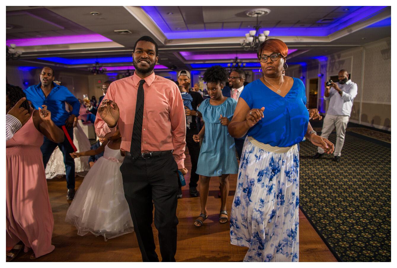 woods_wedding_kevkramerphoto_web-41.jpg