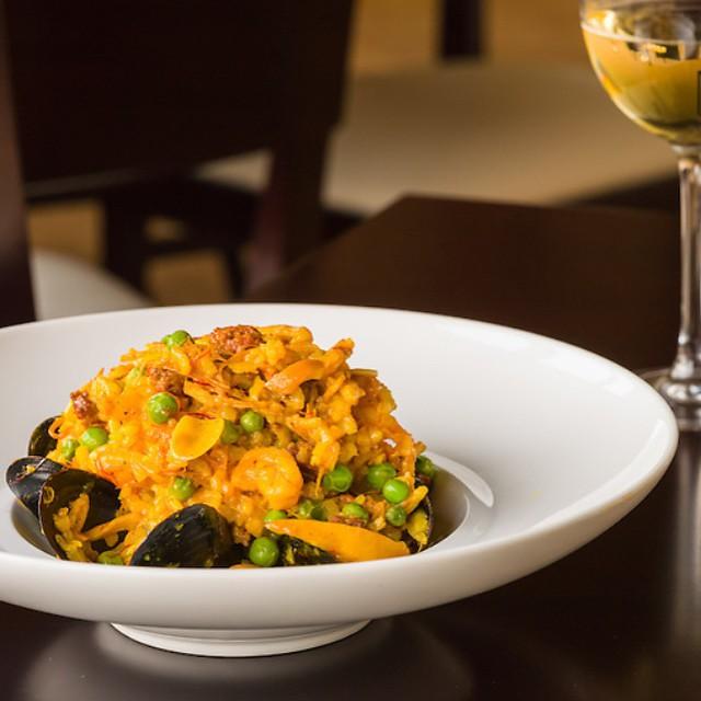 PAELLA || Shrimp || Scallops || Mussels || Cuttlefish || Merguez || Chicken || Peas || Saffron ||