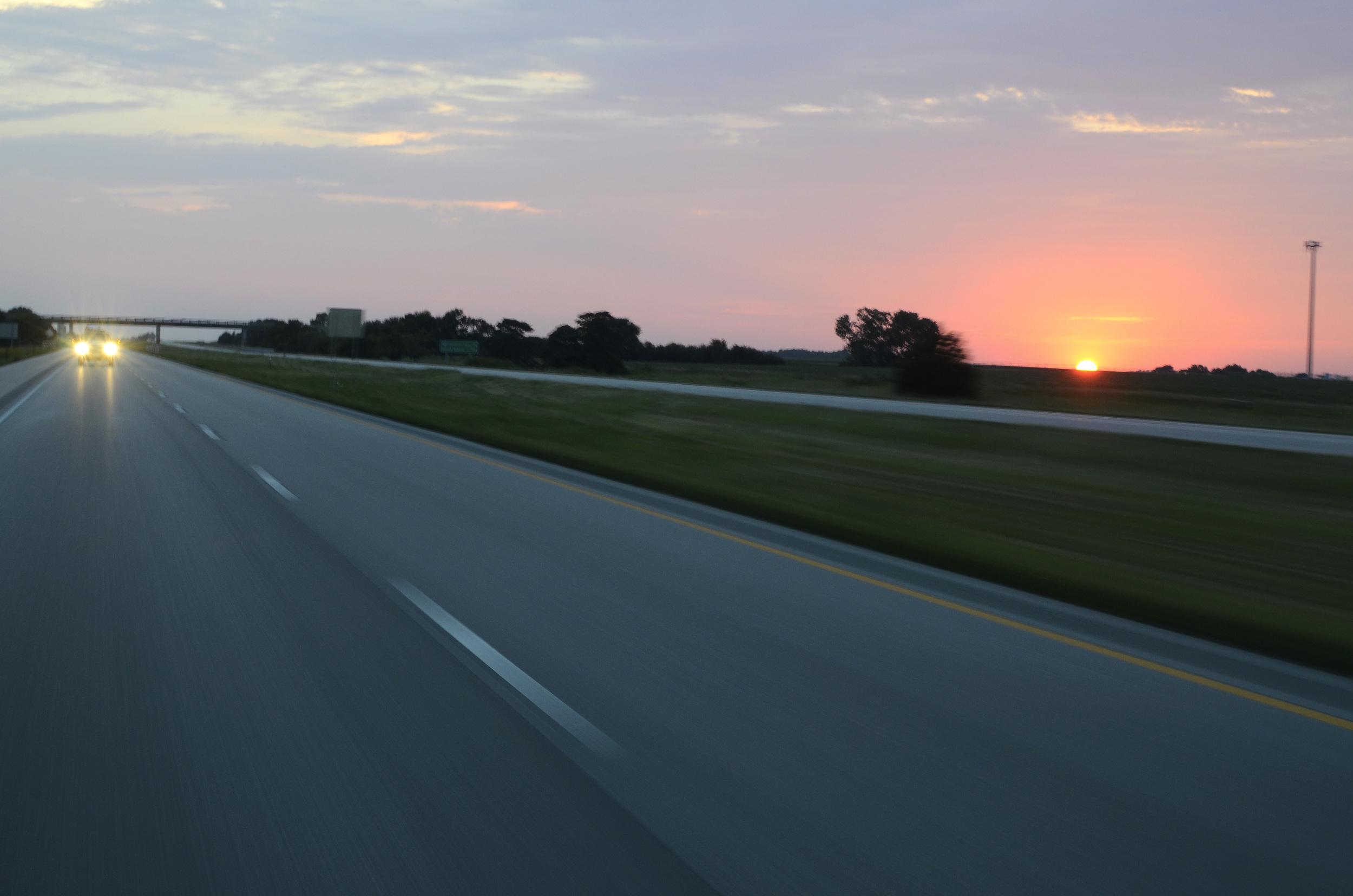 011 80 MPH Sunset - Omaha.jpg