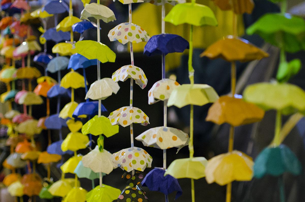 900 HK Umbrella Strings.jpg