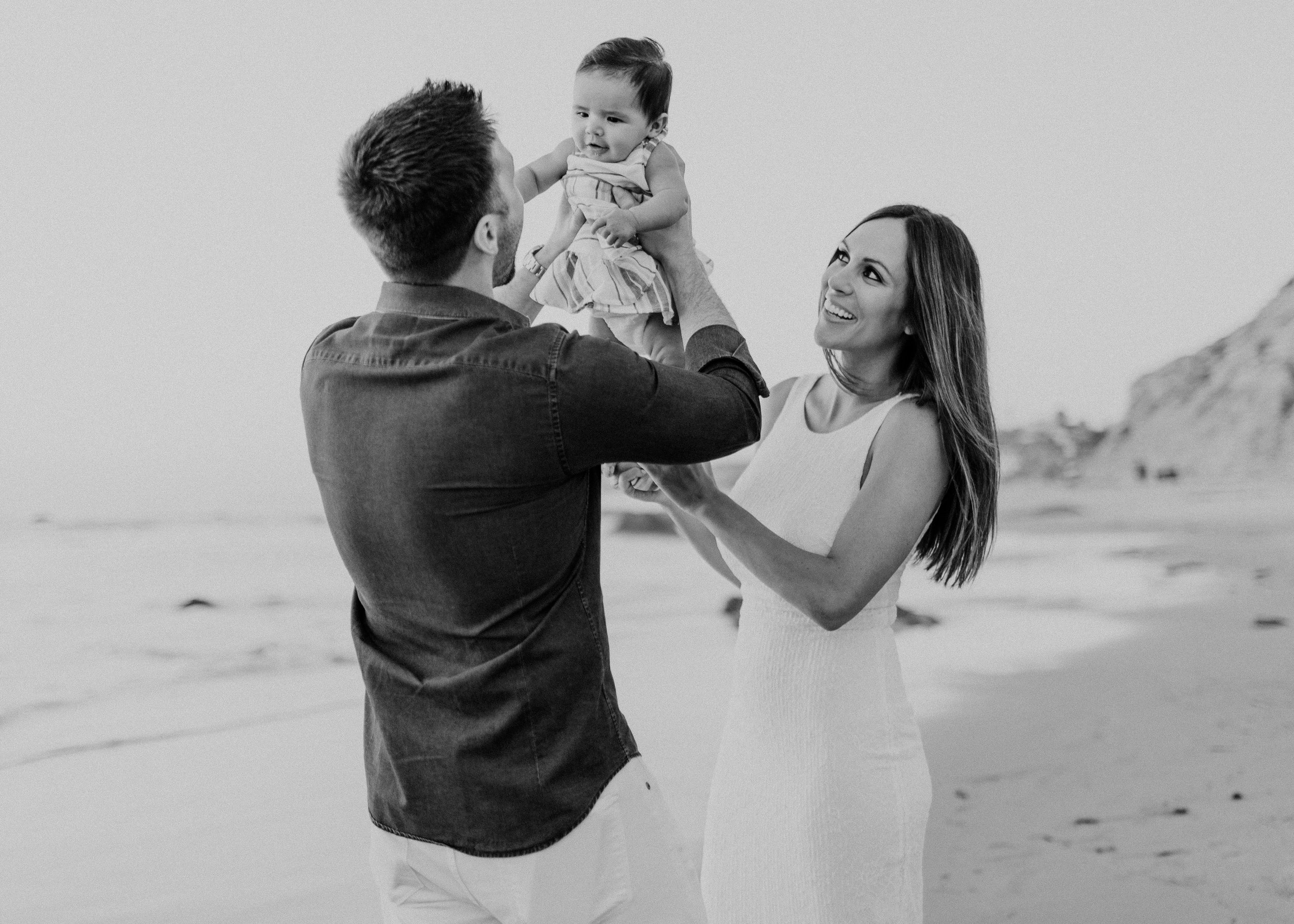 The Silverman's: Newport Beach CA Family Photo Session. - Chicago meets Orange County.