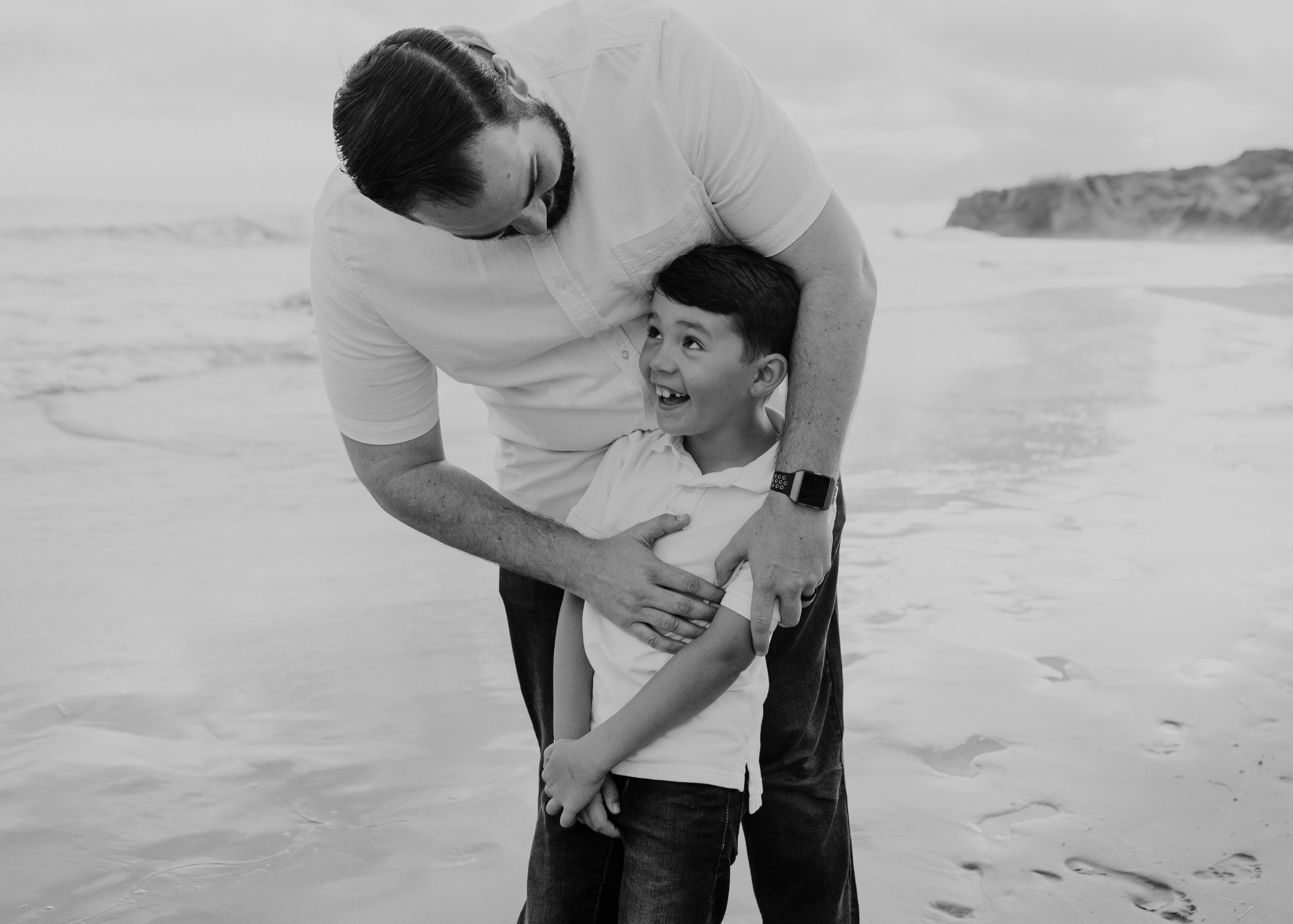 The Mitchell Five: Newport Beach, CA family photoshoot. - You have to see this kid to believe it!