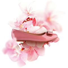 Рекламная кампания обувного бренда La Biela «Балетки с ароматом цветов»..