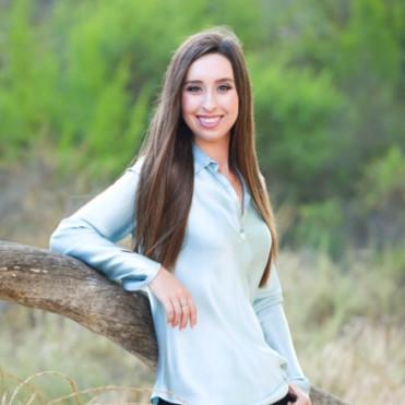 Alexandria West     LinkedIn  Year: Sophomore Major: IMC