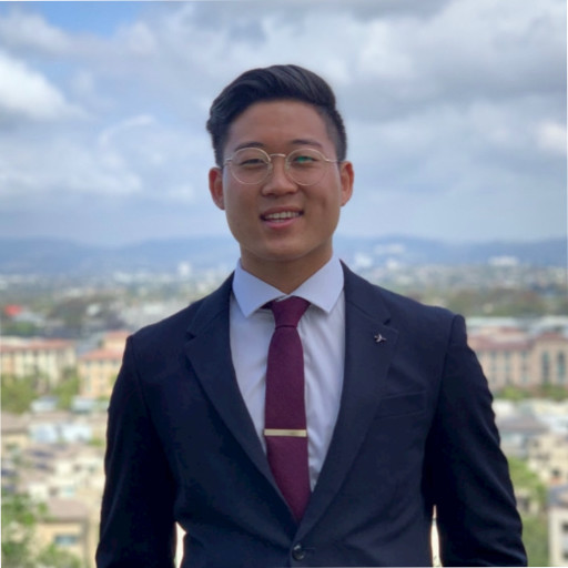 Edwin Cho     LinkedIn  Year: Sophomore Major: IMC