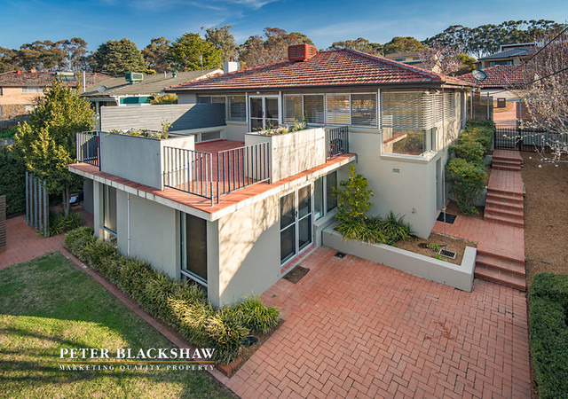 Haines St, a large 4 bedroom home with views.