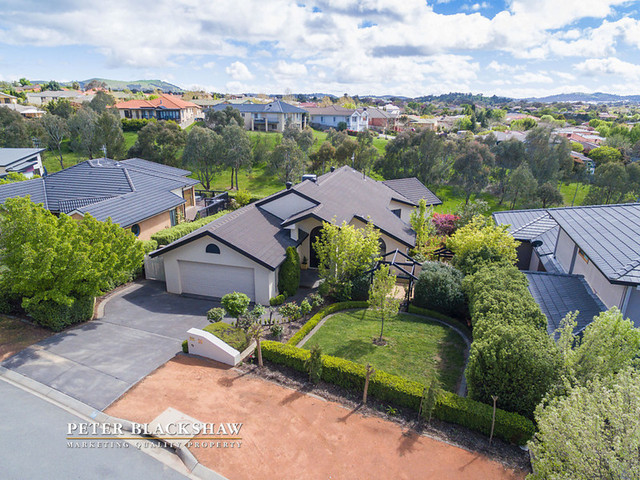 19 Lindwall Pl, to be auctioned on 5th November