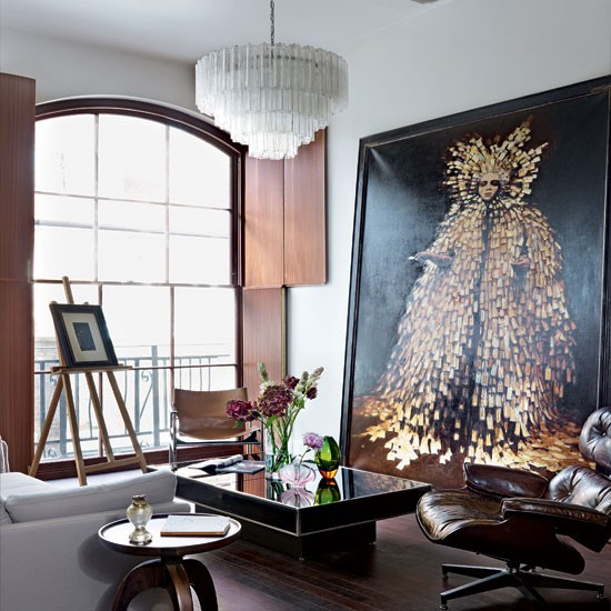 Dramatic-living-room