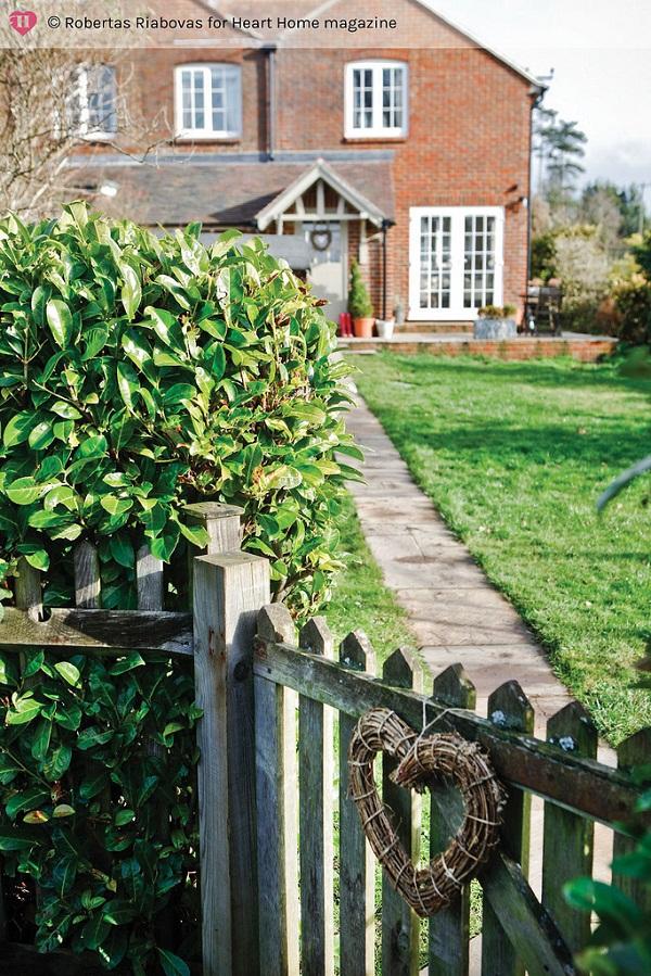 An Elegant Edwardian Country Cottage via Heart Home mag [2].jpg