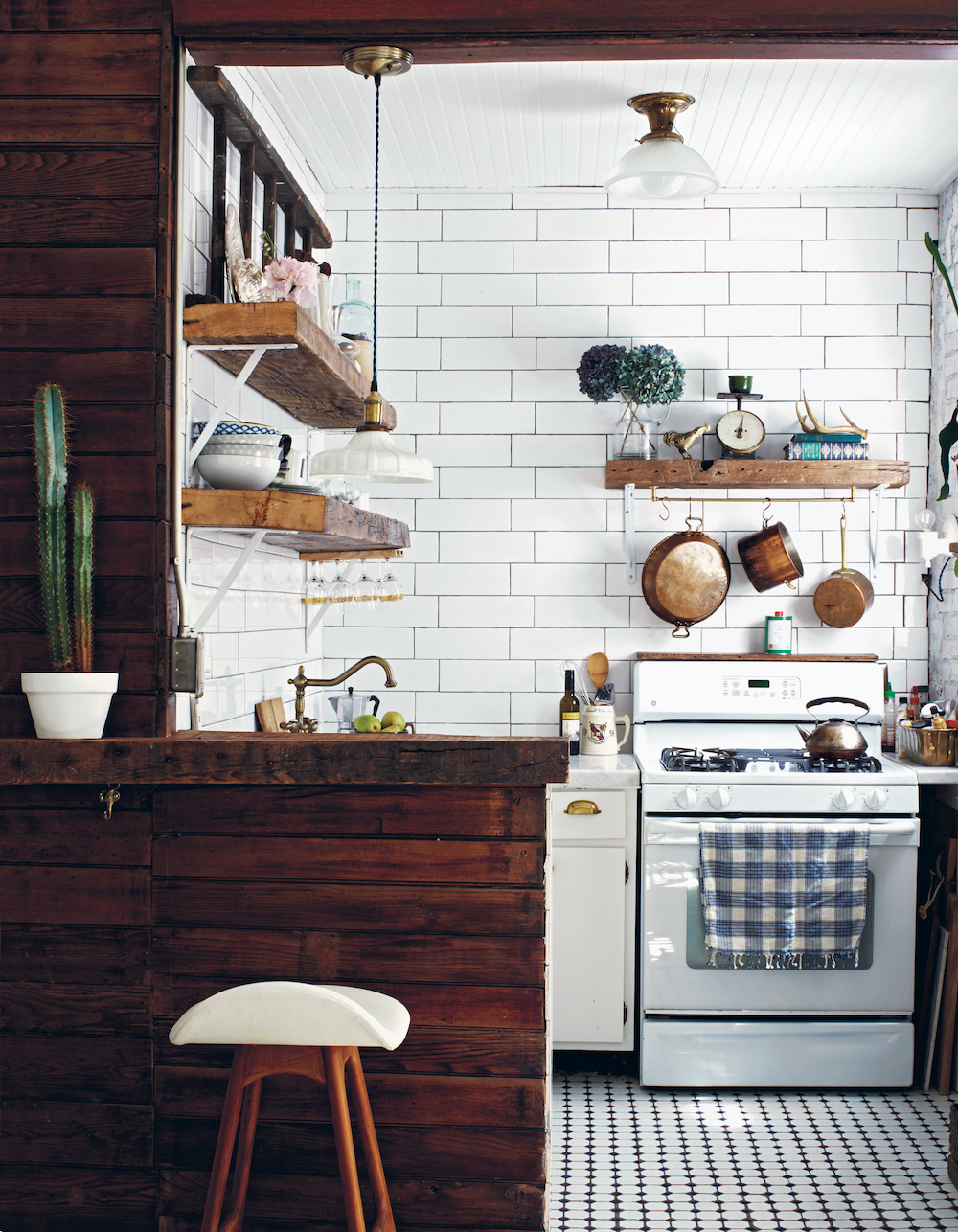 Hedonistic Hipster: Home of props Stylist Anthony D'Argenzio in New York City.