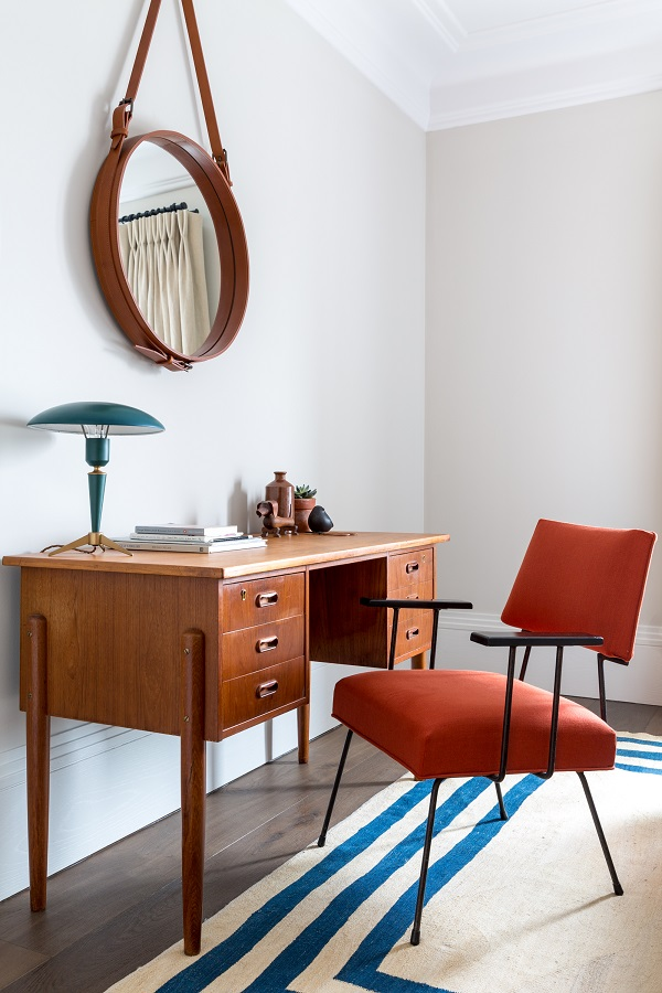 A Covent Garden Pied-à-Terre by Kitesgrove Design Celebrates Mid-Century Style (8).jpg