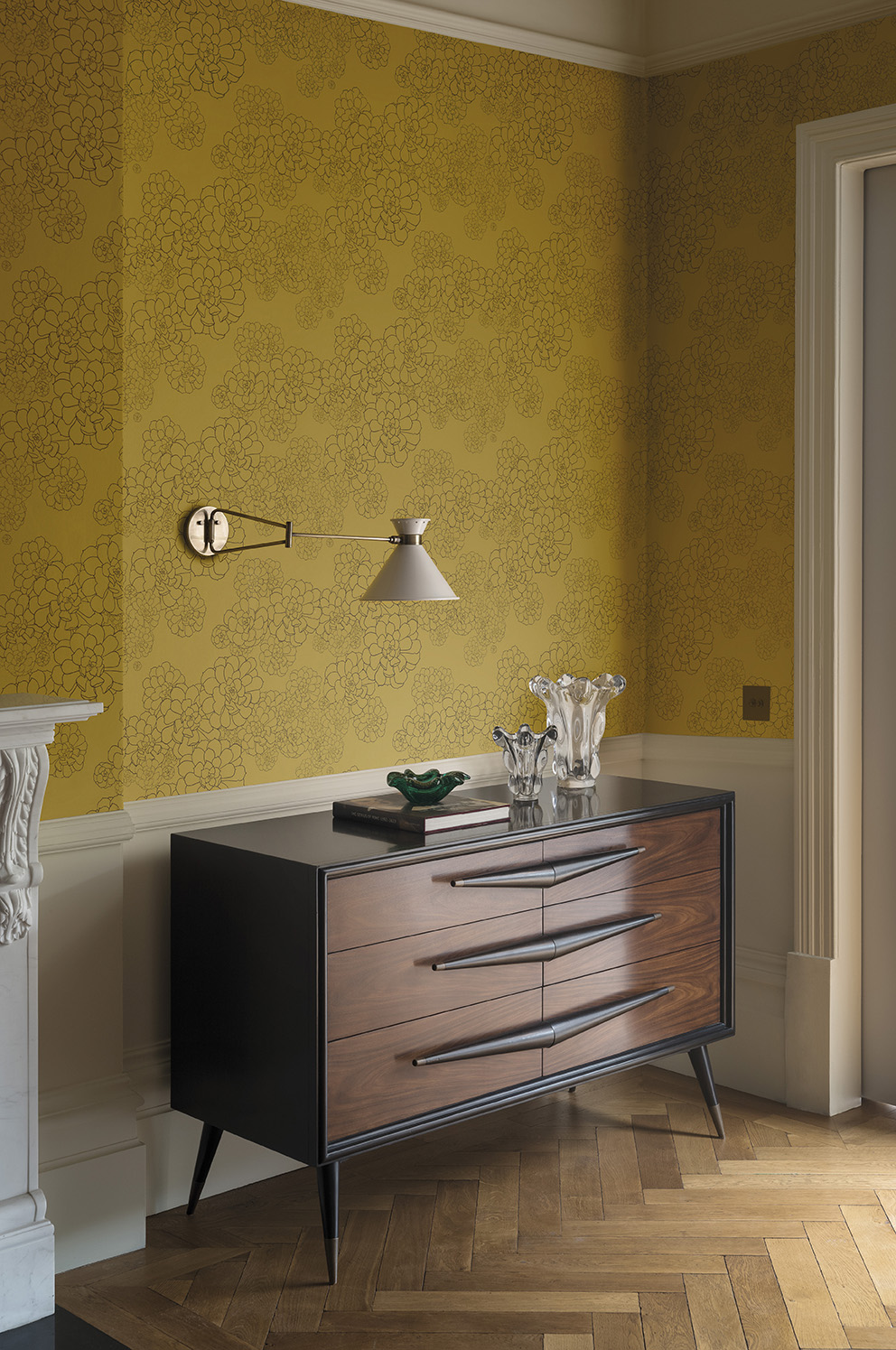'Tresco' in collaboration with Hugo Dalton by Paint & Paper Library;Wallpaper: Aeonium – Gamboge;Paint: All Woodwork & Panelling in Ivory II 462 in Architects' Eggshell.