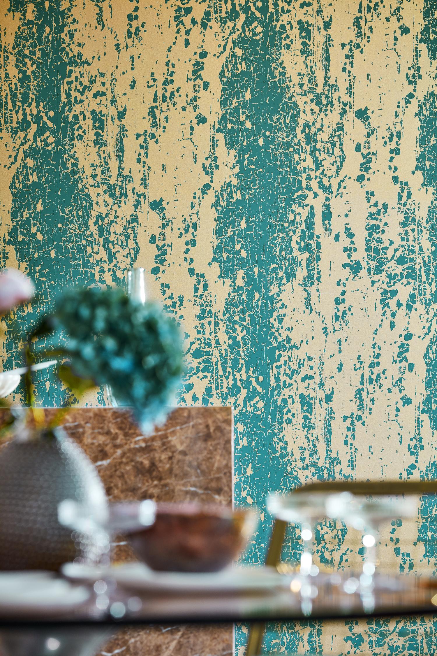 Wallpaper: Crystal Extravagance - £95 per 10m roll