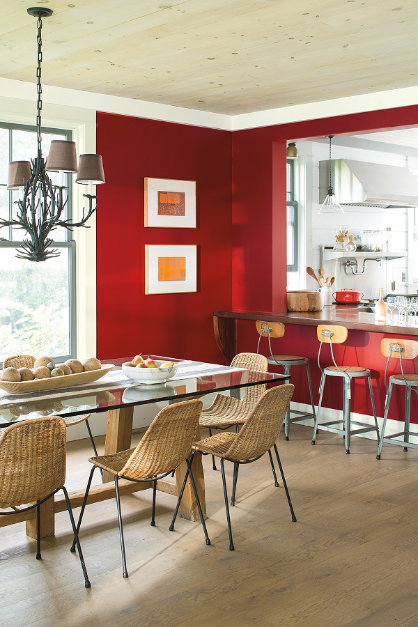 Seeing Red Benjamin Moore Colour of the Year 2018 (4).jpg