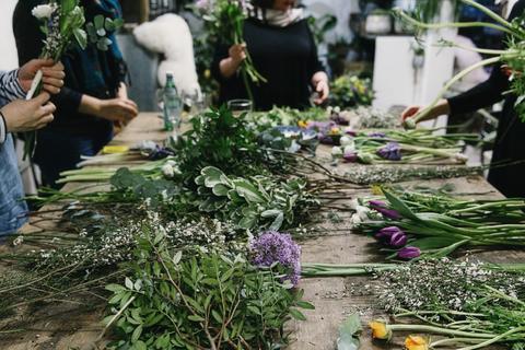 spring_flower_workshop__34_16615063-b9e5-43d5-931e-044dbda7c127_large.jpg