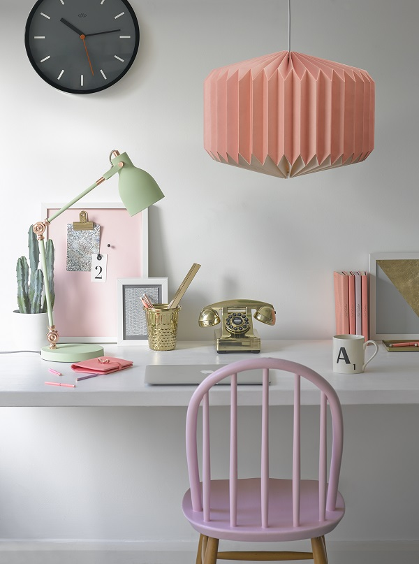 [1] Update Your Workspace in New Spring Colours for the New Year.jpg