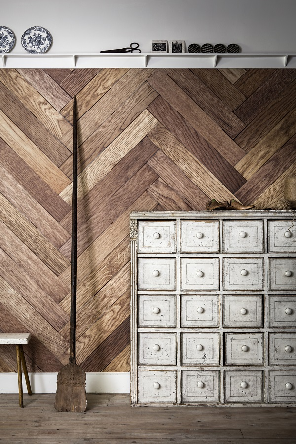 Parquet Dogtooth from Ella Doran collection at Surface View. Bespoke wall murals from £65 per sq/m.