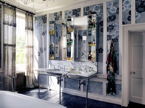 de Gournay with Kate Moss hand painted Anemones in Light wallpaper - Dusk colourway III LR.jpg