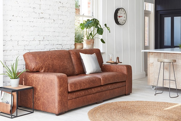 DarlingsofChelsea_Sloane leather sofa.jpg.jpg