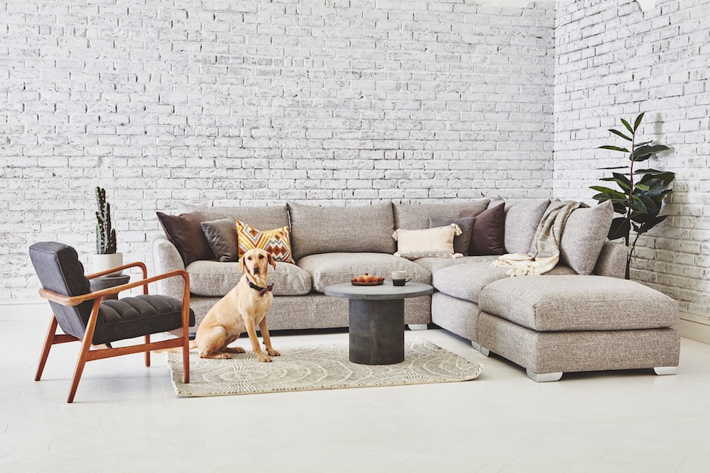 The Norton Corner Sofa is an extremely squishy, cozy and comfortable medium sized corner sofa perfect for curling up and spending hours in. Boasting high quality feather and fiber filled seat cushions for the ultimate 'sink-in' experience and supported by a base of zig-zag springs wrapped in foam you will feel as if you are floating on air. Choose from a wonderful range of fabrics and customize your inclusive scatter cushions in complimentary fabrics if you wish to make this chair truly your own.